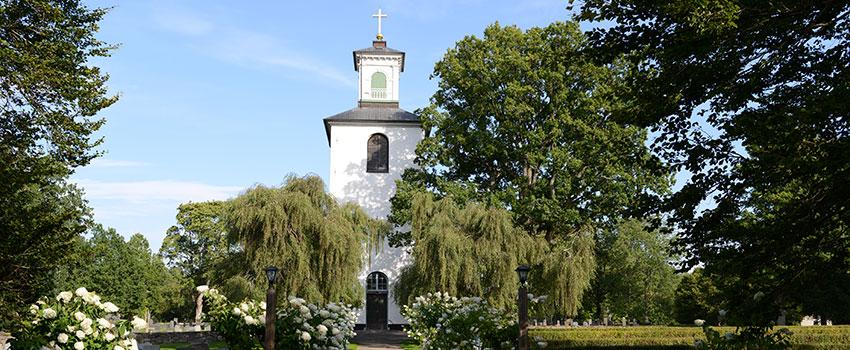Långasjö kyrka